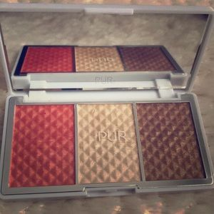 Brand new PUR bronze and highlighter palette